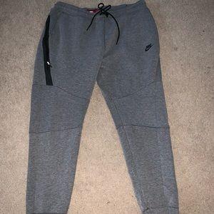 Nike Tech Fleece Men's 2XL grey joggers